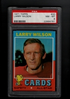 1971 Topps #020 Larry Wilson PSA 8 NM-MT ST. LOUIS CARDINALS